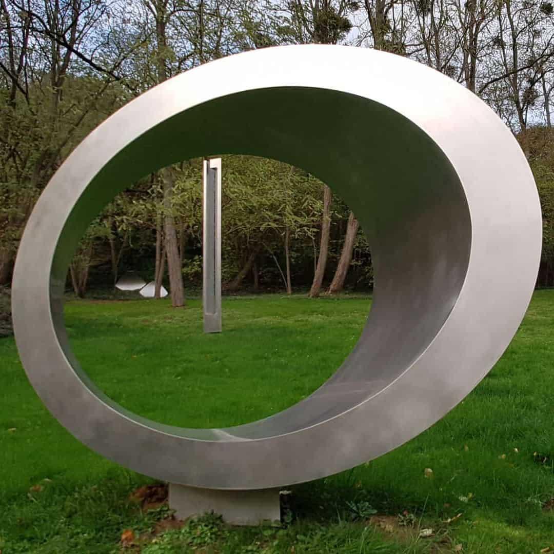 marta-pan-sculpture
